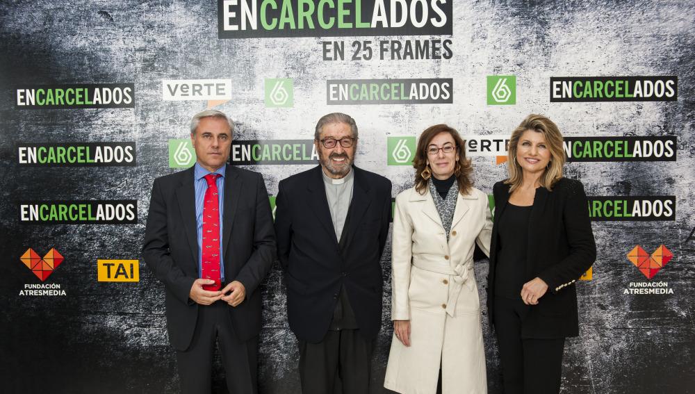 Carmen Bieger, presidenta de la Fundación Atresmeida en la exposición 25 FRAMES de 'Encarcelados'
