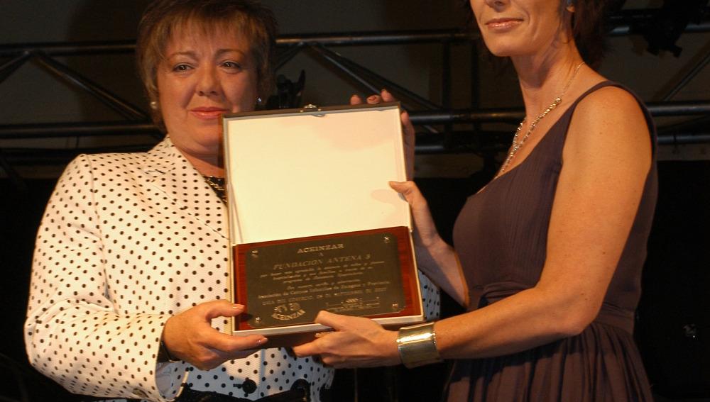 La Fundación Atresmedia premiada por su dedicación a la Infancia y Juventud