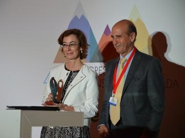 Carmen Bieger, directora de la Fundación Atresmedia, con Rafael Caamaño, presidente de CECE Sevilla y CECE Andalucía.