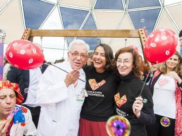 El  Consejero de Sanidad  de la Comunidad de Madrid apoya 'El día Nacional del niño hospitalizado'