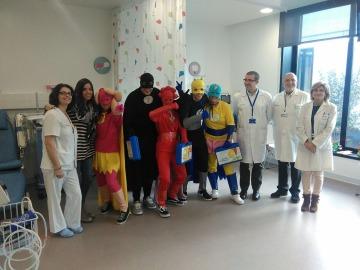 Seis superhéroes llegan a Galicia para ayudar a niños con cáncer