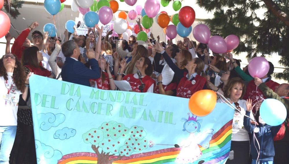 Actos para apoyar la investigación del cáncer infantil
