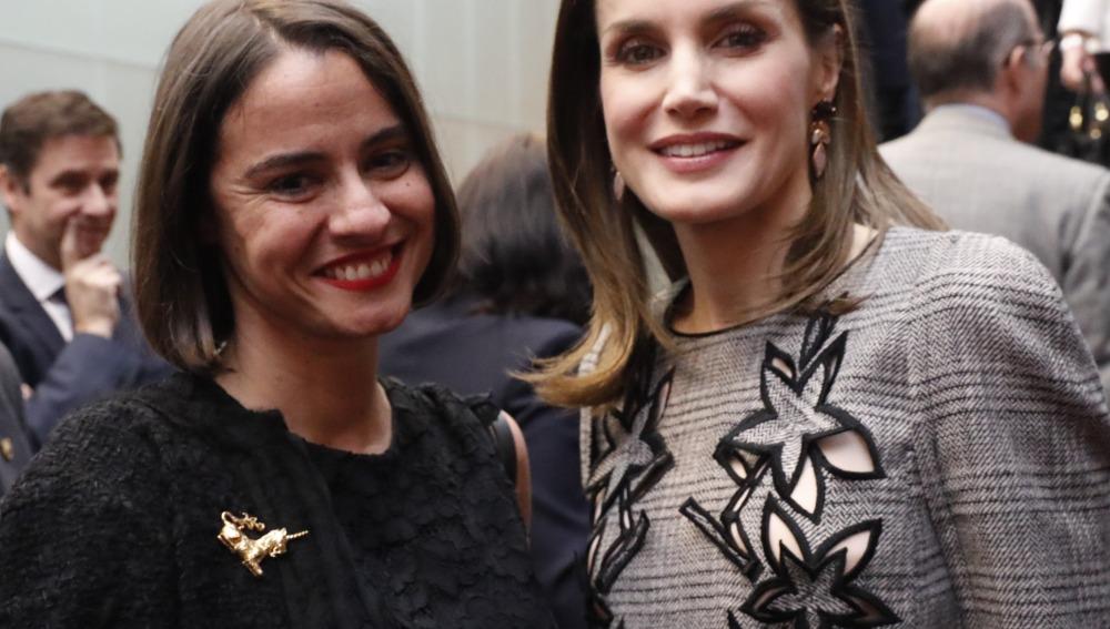 Doña Letizia, con Lary León, en la clausura del Congreso Internacional 'Mujer y Discapacidad'