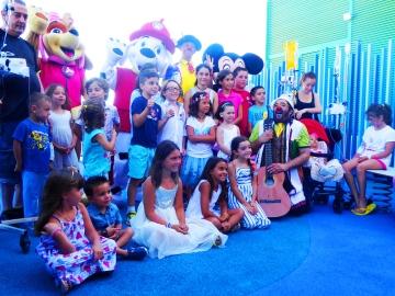 Los niños del Hospital de Alicante sienten la brisa del mar