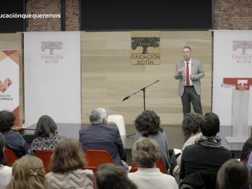 Conferencia 'La magia de la educación'