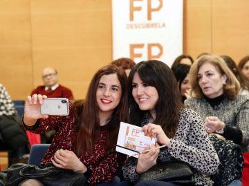 La Fundación Atresmedia y Fundación Mapfre reúnen en Valencia a profesores para conocer su opinión sobre la FP
