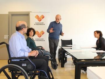 Los empleados de Atresmedia participan en la jornada de sensibilización 'Vive su realidad'