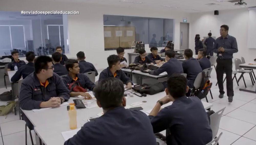 Estudios universitarios y Formación Profesional: ¿tienen el mismo prestigio en Singapur?